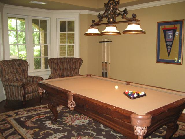 Thumbnail image for What To Look For When You Are Shopping For A Pool Table