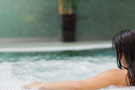 benefits hydrotherapy hot tubs spa